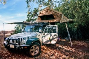 beach-camping-sunrise-costa-rica-jeep-wrangler