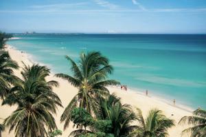 Voyage sur mesure à Cuba, plage, tourisme, gastronomie