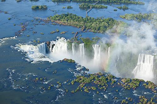 Image de l'article : Les chutes d'Iguaçu et La Boca, des incontournables de l'Argentine - Esprit Pionnier